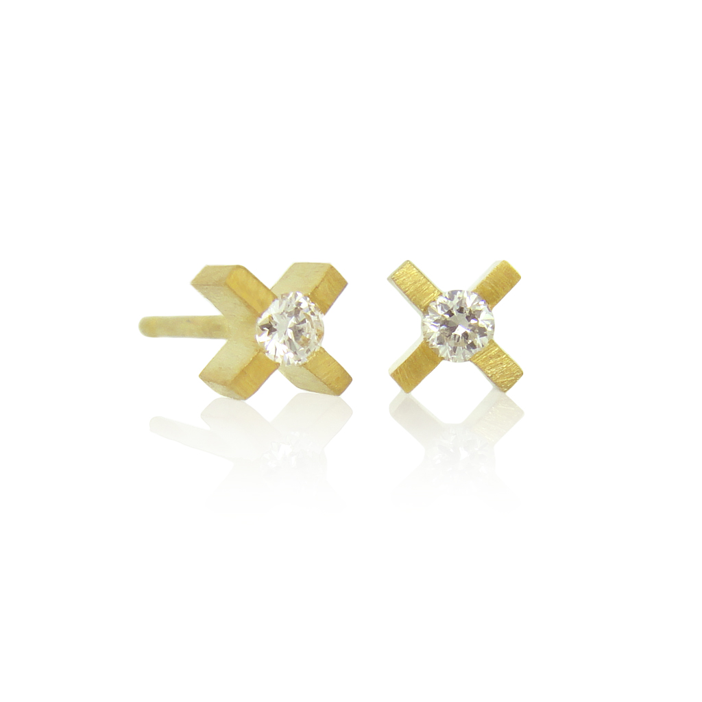 micro xx earrings in yellow gold with diamonds on a white background.